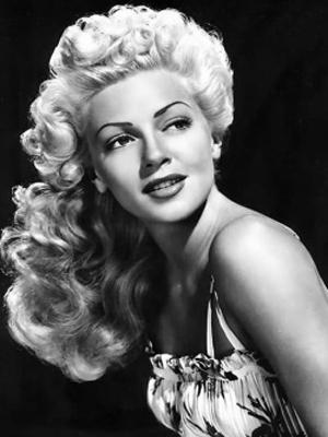 1940s-women-hairstyles-03